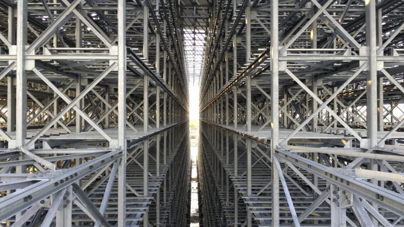 nuovo magazzino autoportante verticale